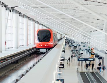 Air-rail links ease airport trips